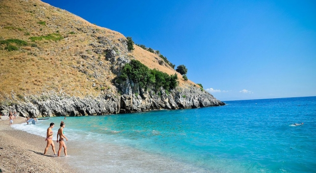 The most beautiful beaches in Albania: Kakome in the South of Albania